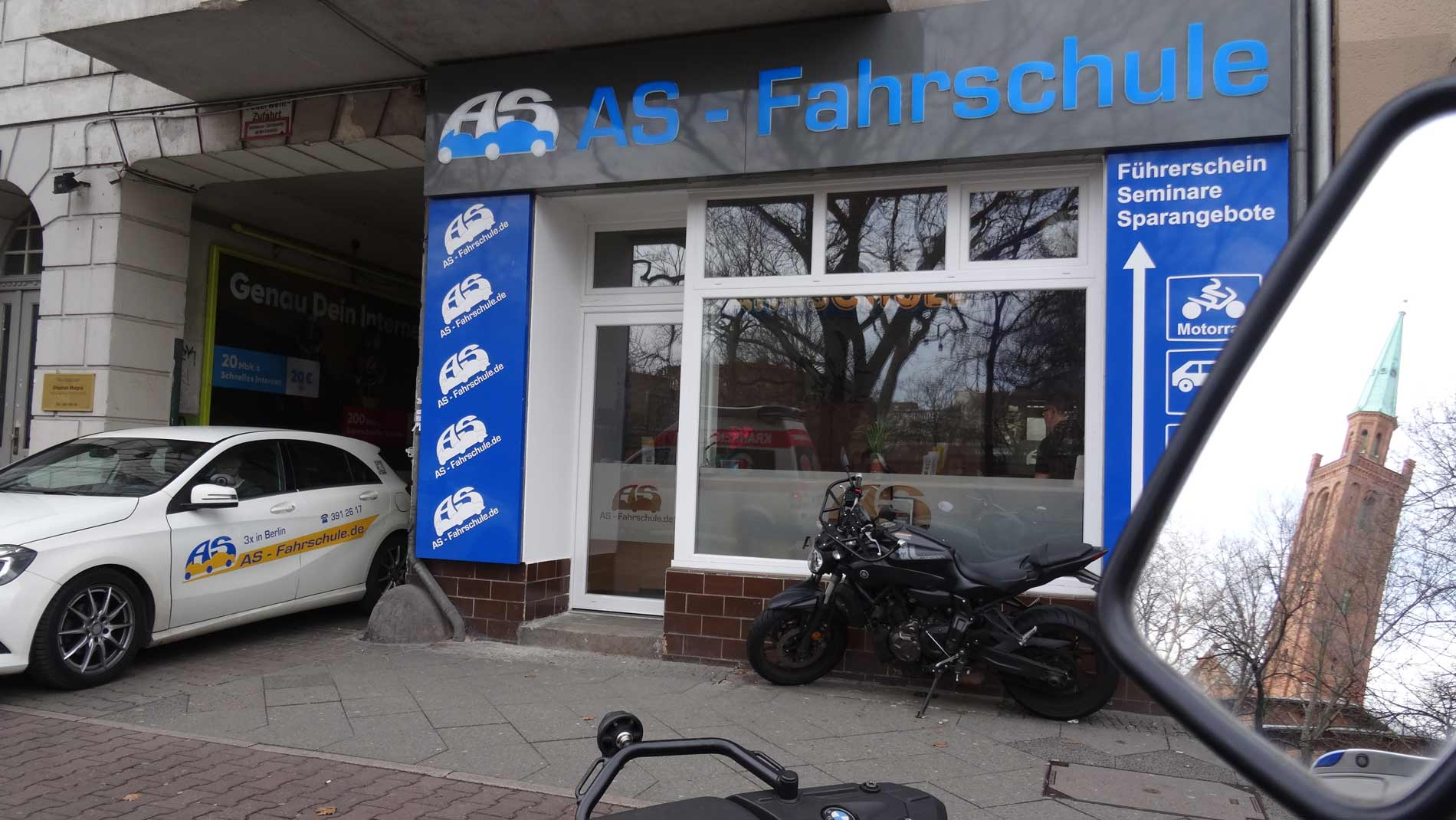 Fahrschule-Berlin-Tiergarten_aussen